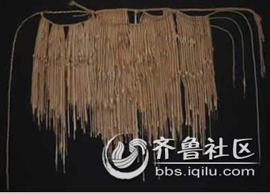 至今,傣族人仍然使用贝叶经(贝树叶子刻下经文)记事,贝叶经就是他们的