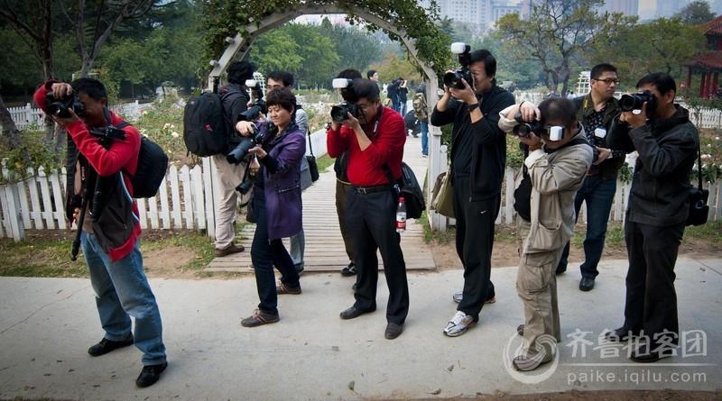 执着的街拍客 靖江拍客图片