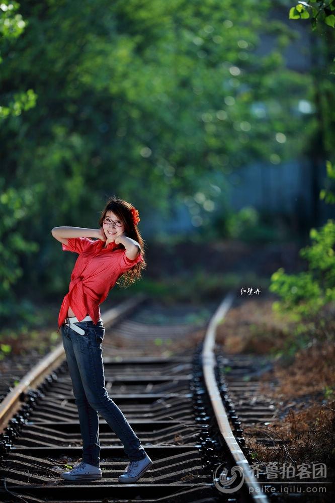 铁路拍美女学习欣赏帖