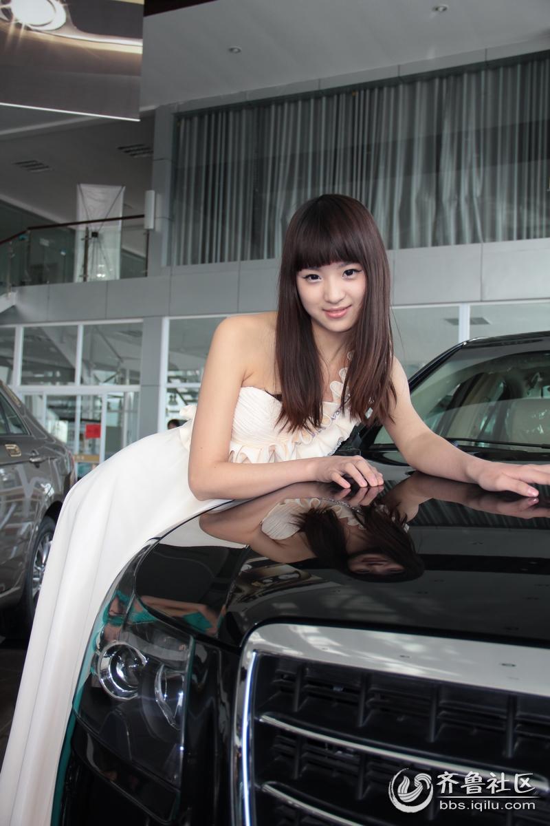 车模美女 华夏艺术家协会