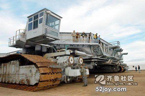 运送航天飞机的超级运输车
