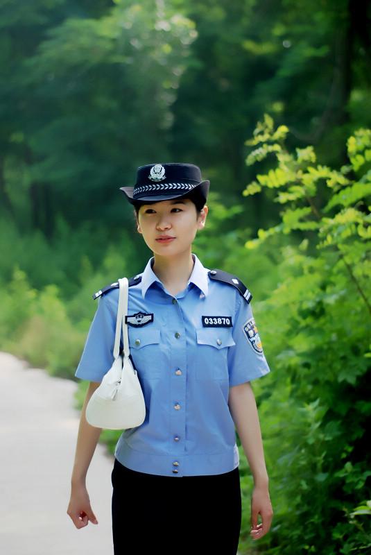 美女警花 枣庄拍客