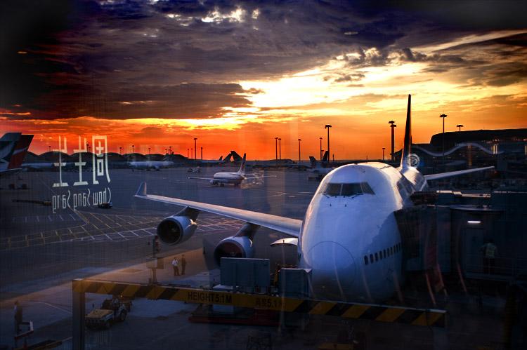 香港机场小.jpg
