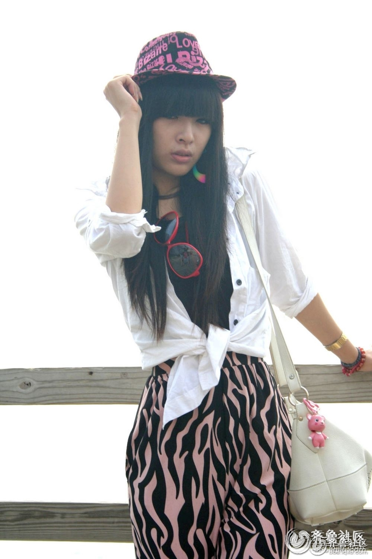 青岛摆拍职业模特,型女.