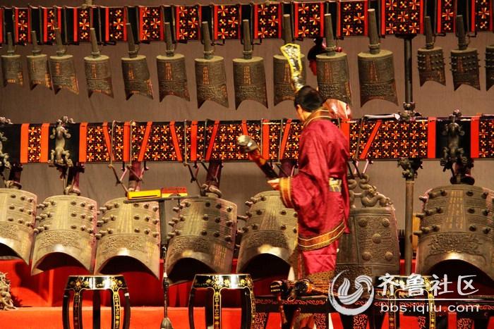 [海阳站报道]湖北省博物馆内的曾侯乙编钟乐舞 - 烟台