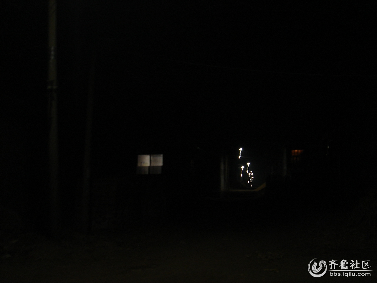 不容易拍摄的乡村夜景
