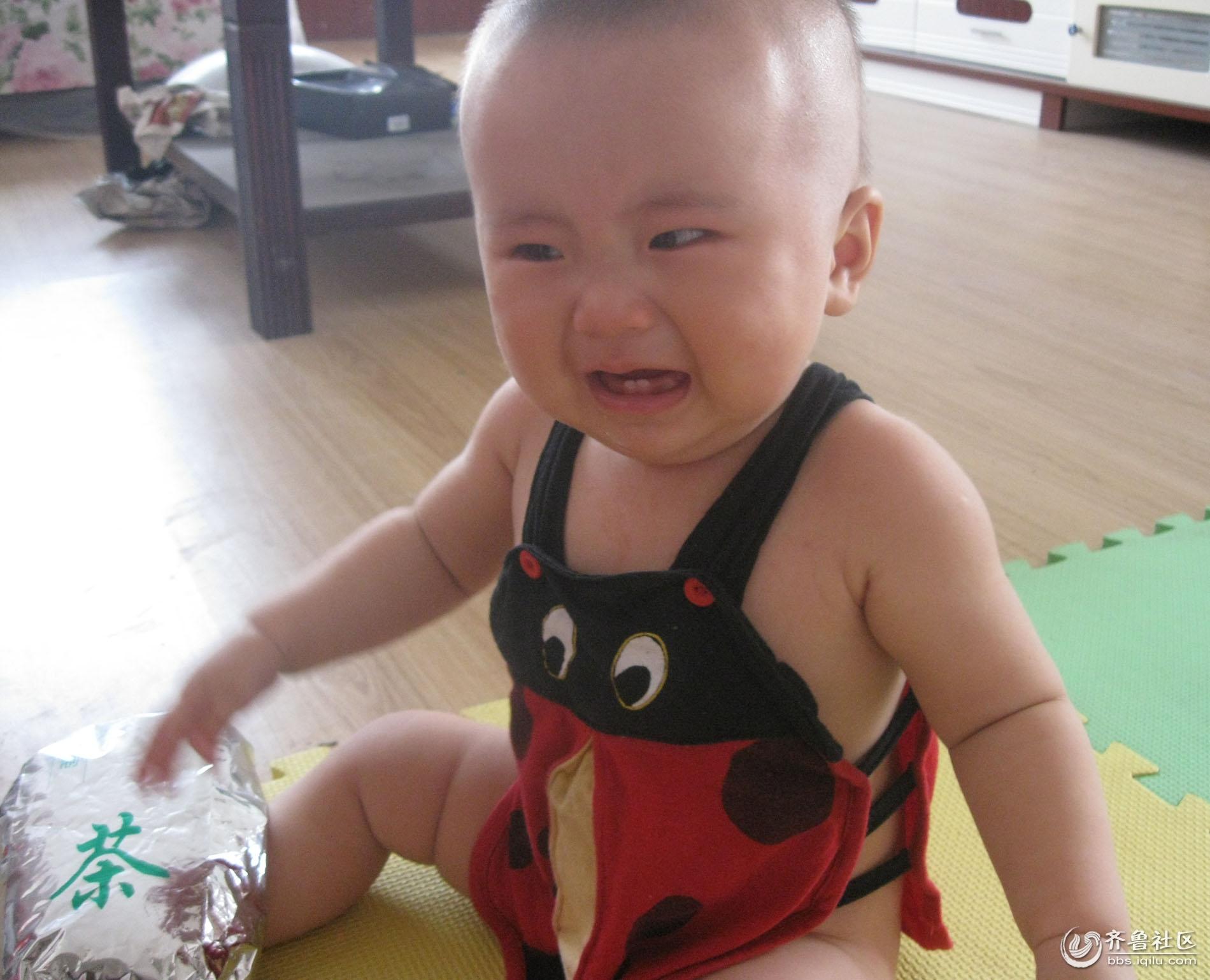 可爱宝宝流泪图片