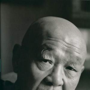 中国著名漫画家韩羽