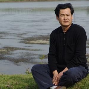 山东省漫画家协会副主席卢洪祥